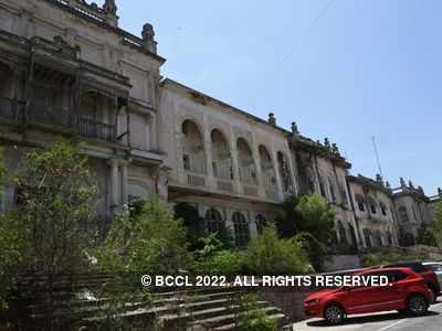 Telangana HC stays demolition of Secretariat, Errum Manzil in Hyderabad