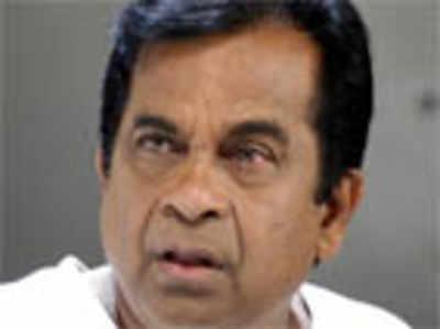Brahmanandam to dub himself in Hindi