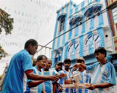 West Bengal: Barcelona's Lionel Messi has an inimitable fan, paints house in Argentina colours ahead of FIFA World Cup