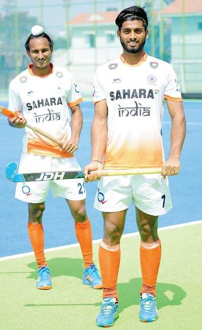Santa Singh,Varun Kumar plan to spice up contests in World Cup
