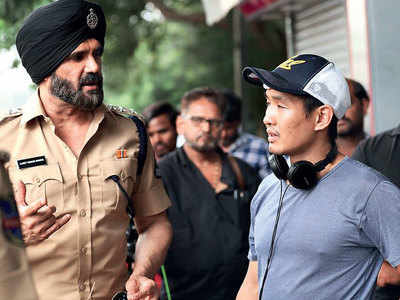 Suniel Shetty starts shooting for Hollywood film Call Centre inspired by a true-life scam
