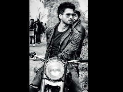 Shahid Kapoor turns biker boy for his next film