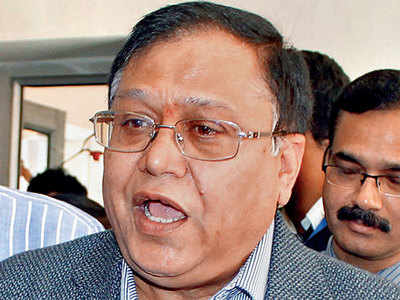 'Nobody gives NITI Aayog member a right to utter nonsense against us'