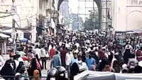 Hyderabad: Covid protocol goes for a toss as hundreds gather at Charminar ahead of Eid