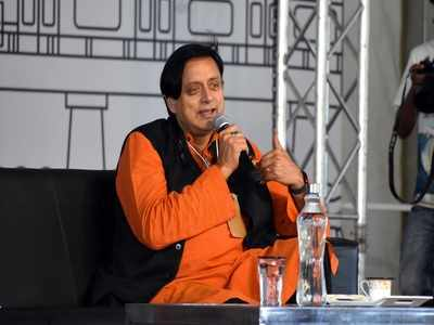 Do you have hippopotomonstrosesquipedaliophobia? Shashi Tharoor gets the Twitterati looking for a dictionary