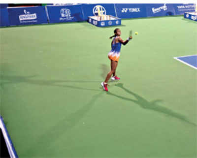 Ankita storms into quarters