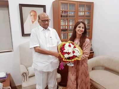 Urmila Matondkar meets NCP chief Sharad Pawar, discusses political scenario