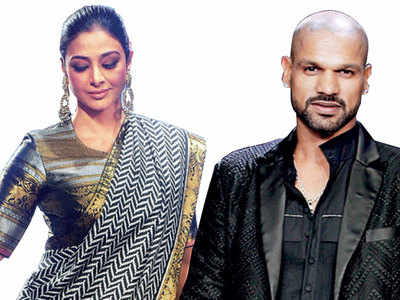 Tabu, Diana Penty, Aditya Roy Kapur, Shikhar Dhawan among others set the ramp on fire