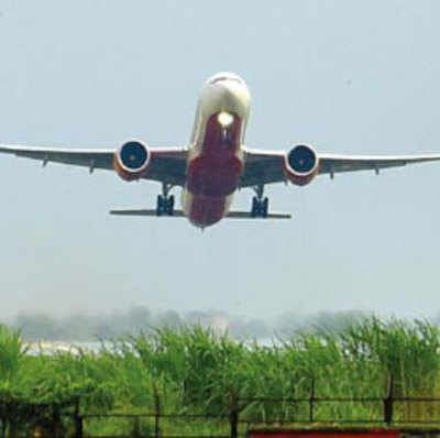 Go Air, Indigo plane delays irk fliers over weekend
