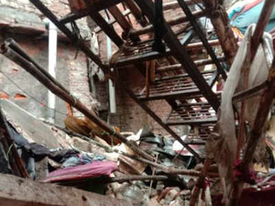 Delhi news: One woman dies after a shanty collapses in city's Navjeevan Camp