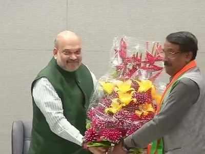 Huge embarrassment for Congress, key Sonia Gandhi aide Tom Vadakkan joins BJP