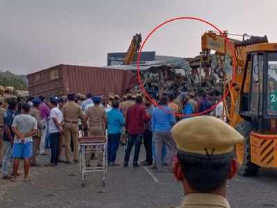 19 killed in Kerala state government bus-container lorry collision in Tamil Nadu