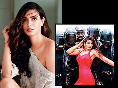 Khandaani Shafakhana: Diana Penty is the new Shehar Ki Ladki