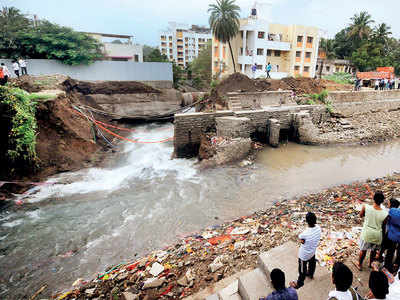 Mula Mutha canal breach flood: PMC, irrigation officials ignored leaks for years