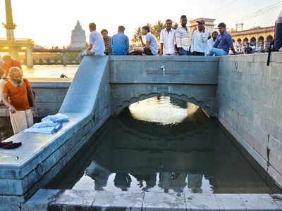 Citizens come to Alandi natural ponds' rescue