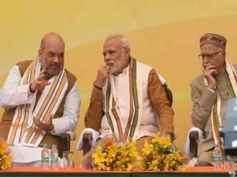 End of poll road for Advani as Shah gets Gandhinagar ticket
