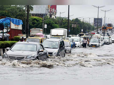 Shiv Sena demands BMC investigation into flooding