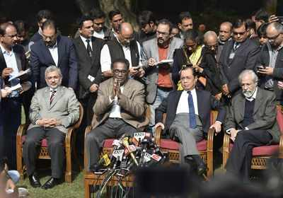 Judicial, political fraternity reacts to unprecedented press conference, letter to CJI Dipak Misra by four Supreme Court judges