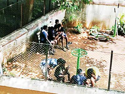 Mumbai Speaks: No play at playgrounds