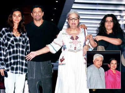Farhan Akhtar steps out for a family dinner with Shibani Dandekar