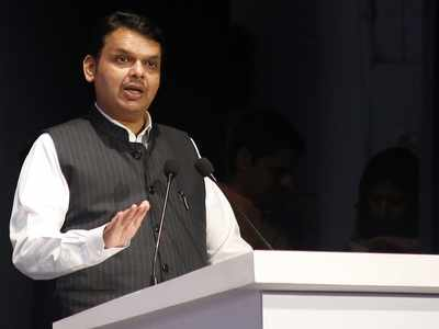 Uddhav Thackeray lacks decisiveness, more dependent on bureaucracy, says Devendra Fadnavis