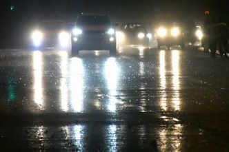 Cyclone Tauktae live: Heavy showers, strong winds lash Mumbai; PM speaks to Thackeray