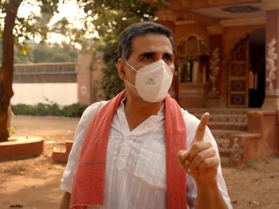 Akshay Kumar educates people on responsible ways to get back to work post-COVID-19 lockdown; watch video