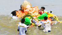 Ganpati idols immersed at Kasimedu in Chennai