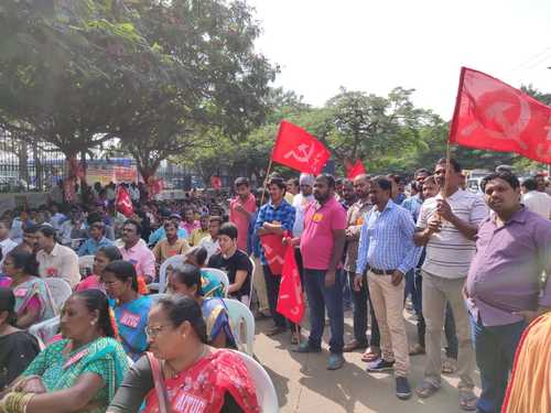 Delhi largely unaffected by nationwide trade union strike