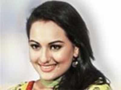 Sonakshi says no to Sarabjit film