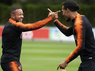 Arch-rivals clash again