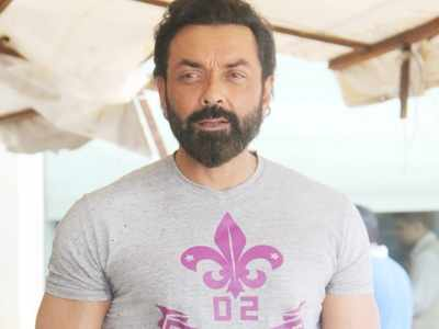 Bobby Deol to play a negative role in Shah Rukh Khan's upcoming production Love Hostel