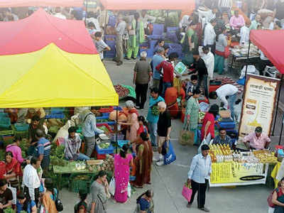 PMC to review farmers' markets policy under political pressure