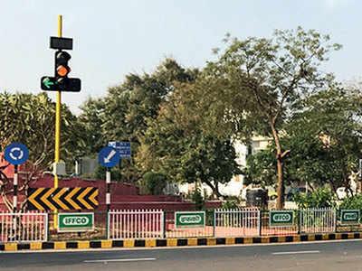 Gandhinagar sees red over traffic lights