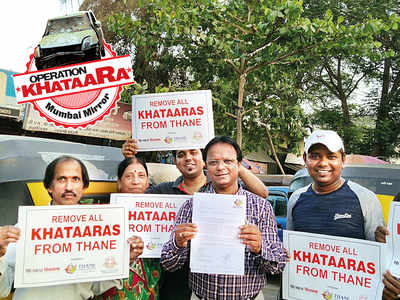 Thane steps out to oust khataaras, members of Citizens Foundation submits pictures of 15 abandoned vehicles to cops