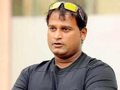 Ramesh Powar to stay on as women's team coach