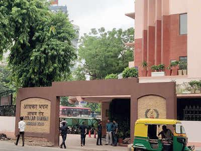 I-T raids 30 premises of 3 real estate groups