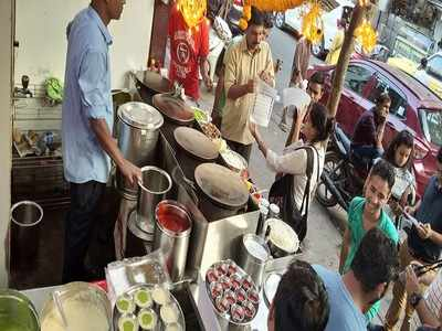 Ghatkopar Khau Galli vendors get educated on food safety and hygiene