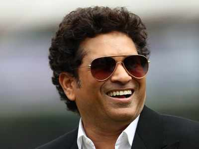 Sachin Tendulkar to stay on as match between Ricky Ponting XI and Shane Warne XI moves from Sydney to Melbourne