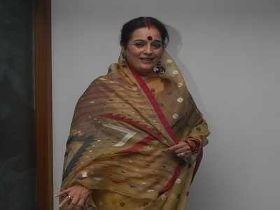Shatrughan Sinha's wife Poonam Sinha to contest against Rajnath Singh in Lucknow