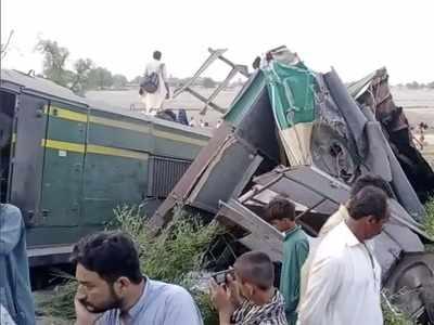 36 killed, 50 injured in Pakistan train collision