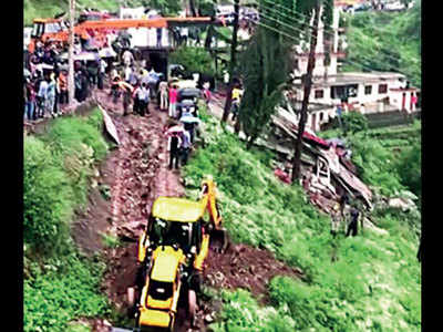 Two dead, 27 injured after building collapses in Solan