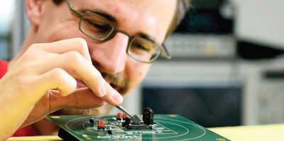 Tech for easier wearable microelectronic devices