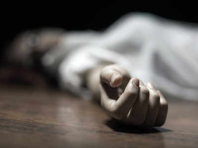 Rebuked by landlord, 16-yr-old kills herself