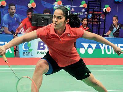 Saina Nehwal, Kidambi Srikanth enter quarter-finals
