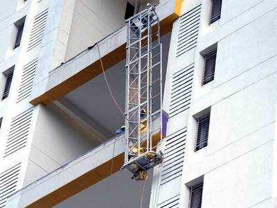 Two workers fall to death from 15th floor