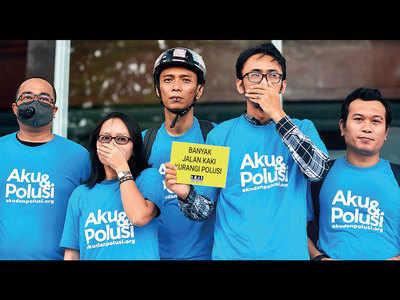 Residents sue govt as smog chokes Jakarta