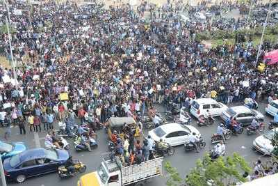 Tamil Nadu witnesses sudden surge in protests for Jallikattu