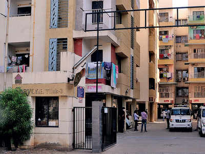 Couple found dead at Shayona Tilak in Gota