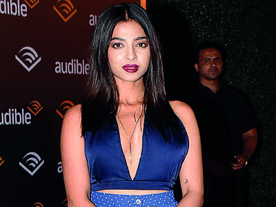 Radhika Apte would hit on co-star if she found him attractive